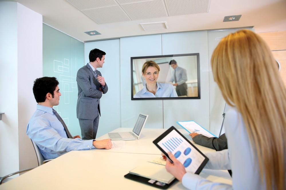 Das Portfolio von iiyama umfasst Monitore und Displays vom preisgünstigen Desktopmodell bis zum professionellen IPS-Panel Monitor.
