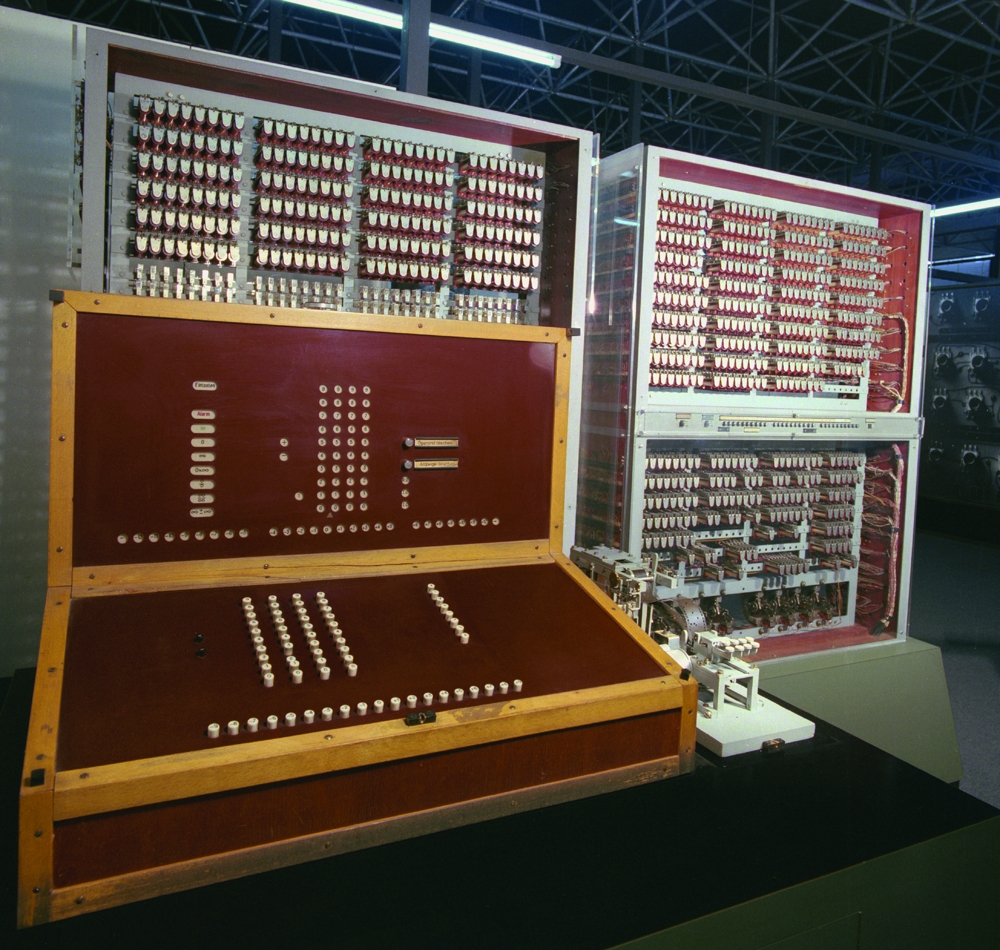 Der Computer ist eine Berliner Erfindung. 1941 baute Konrad Zuse in der Kreuzberger Methfesselstraße seinen Z3 – den ersten funktionstüchtigen Computer der Welt. Abbildung: Deutsches Museum