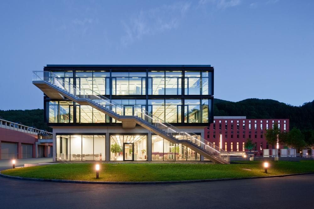 Unternehmenssitz von Bene in Waidhofen/Ybbs in Österreich. Abbildung: Bene