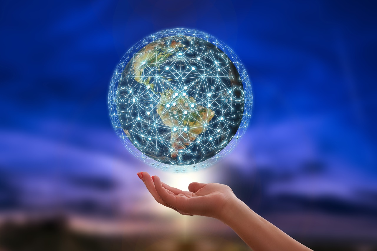 Alle Daten im Griff, weltweit. ECM macht's möglich. Abbildung: Pixabay