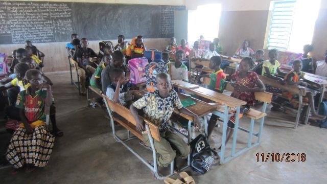 Ein Klassenzimmer in Burkina Faso. Abbildung: Stylex/School-Mood