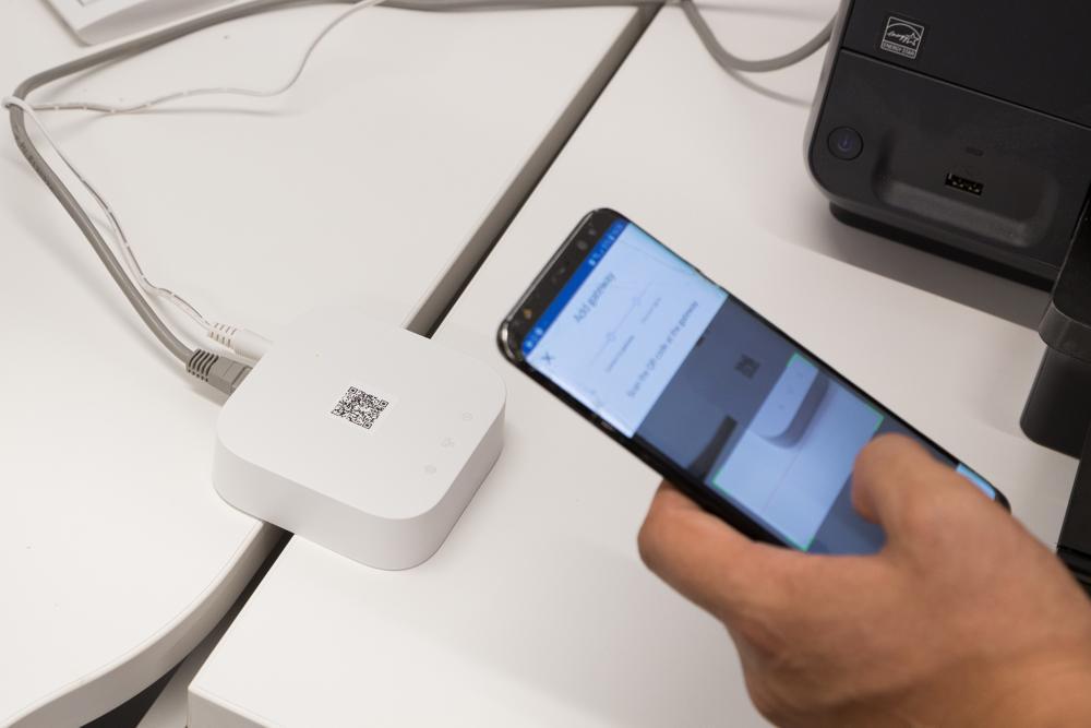 Mit der neuen Software Interact Pro kann per Smartphone die Beleuchtung in Unternehmen gesteuert werden. Abbildung: Signify