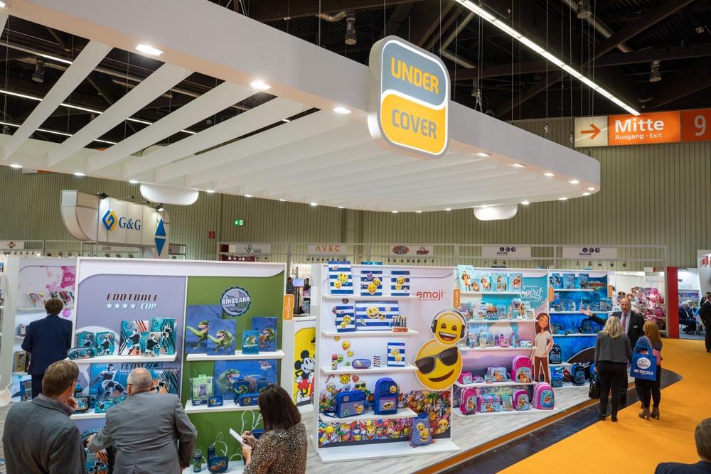 Der Hersteller von Schulranzen und Schulbedarf Undercover präsentierte seine Neuheiten für das kommende Jahr auf der Insights-X. Abbildung: Spielwarenmesse eG/Alex Schelbert