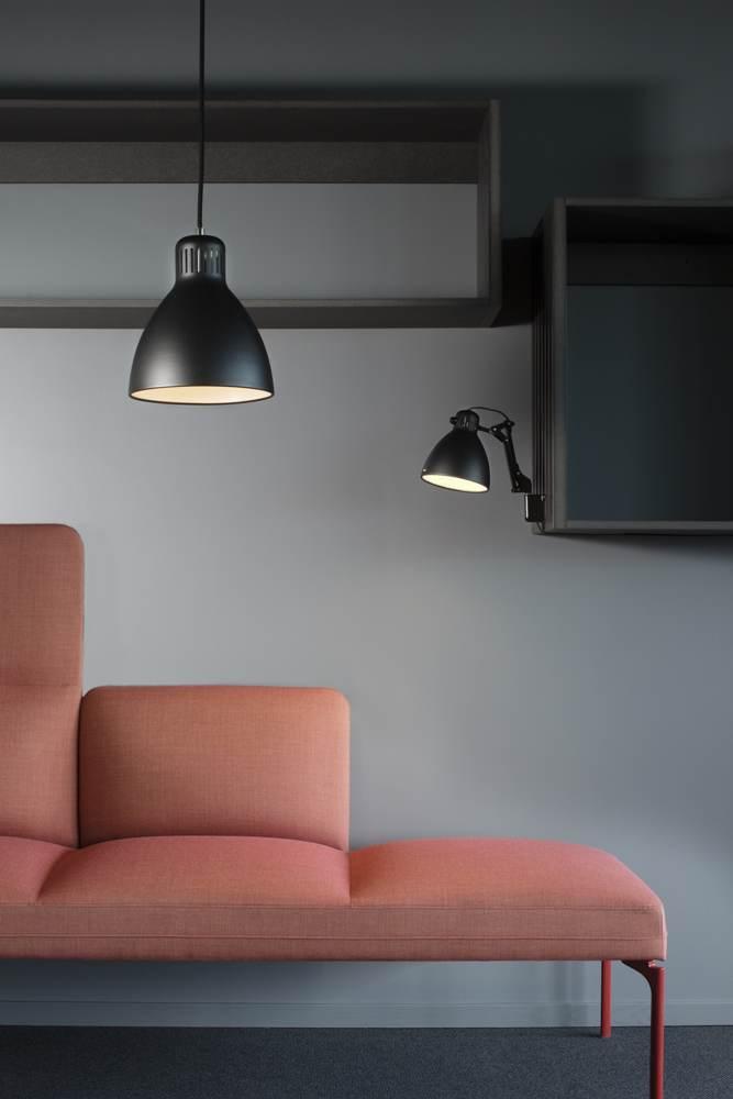 Glamox: Designikone Luxo L-1 als Pendelversion