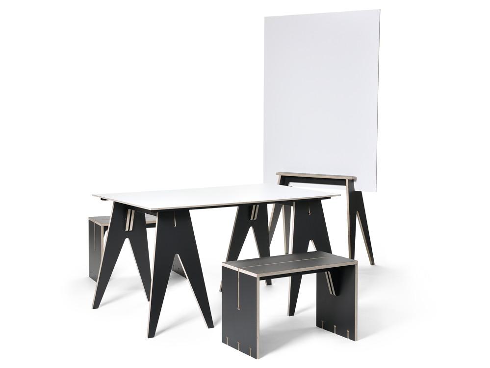 Das modulare Büromöbelsystem Mobeti. Abbildung: Mobeti