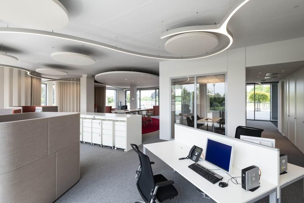 Das Raumkonzept setzt das digitale Beratungssystem S@ON um. Abbildung: Bilder: designfunktion/Sparkasse Weiden