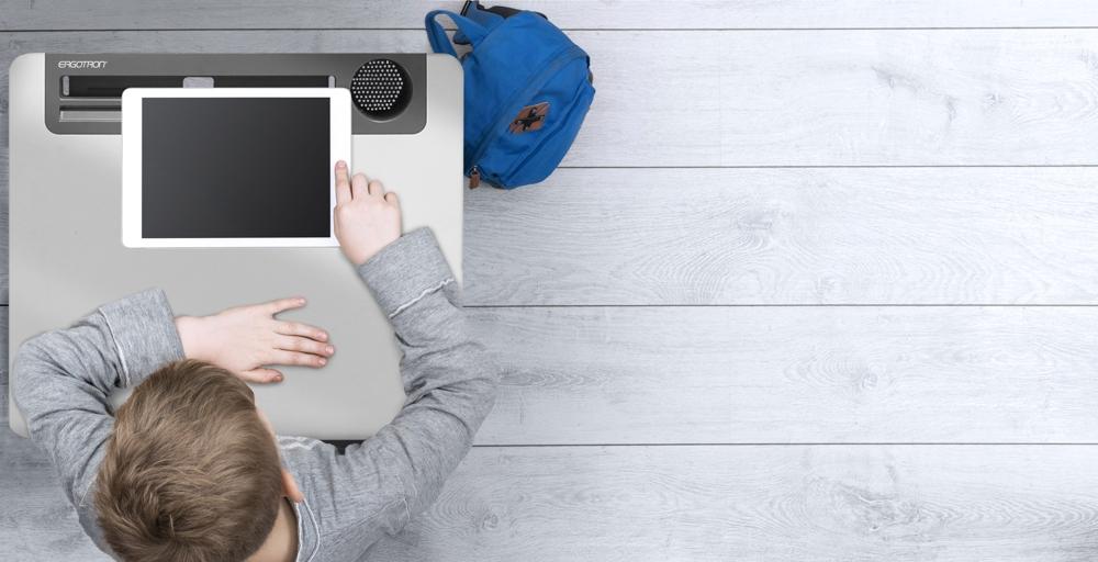 Viele Schulen unterstützen durch großflächige WLAN-Verfügbarkeit den Bring-Your-Own-Device-Einsatz (BYOD) mit Privat-Laptops der Schüler. Abbildung: Ergotron