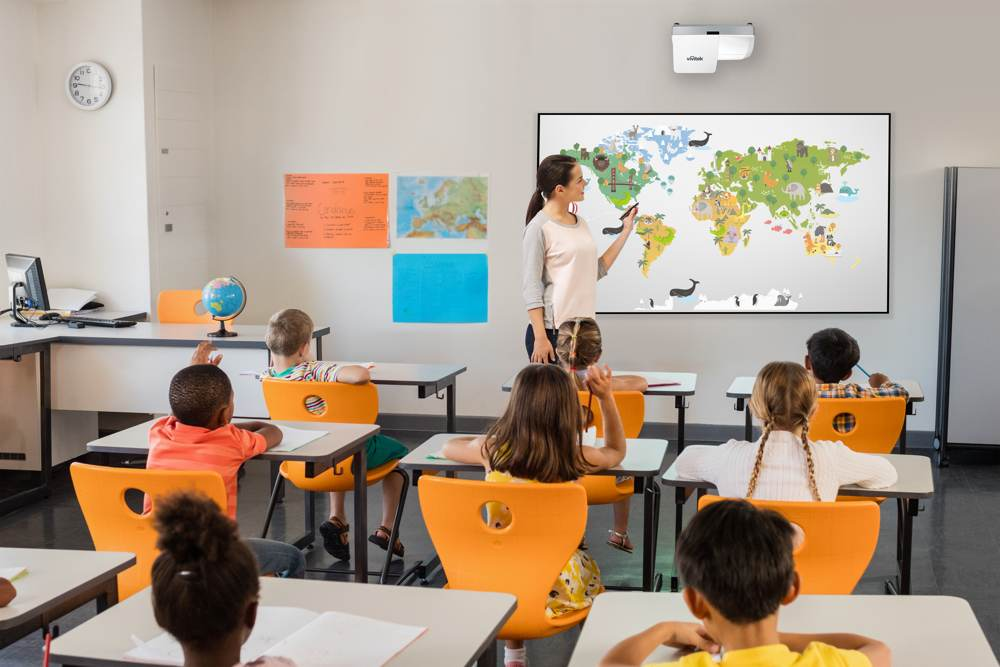 Projektoren für den Unterrichtsraum