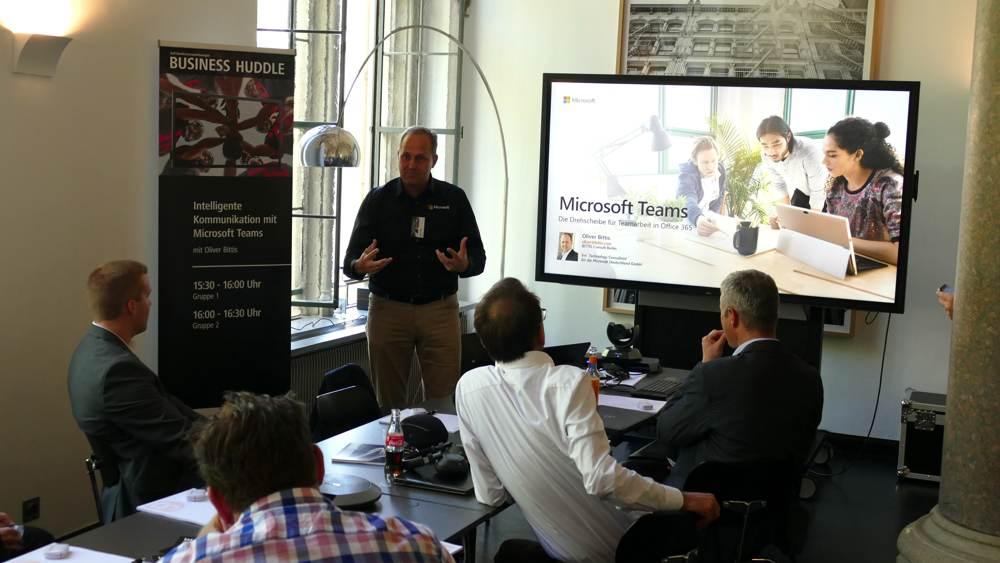 Präsentation des Business Huddle in Köln. Abbildung: Siewert & Kau