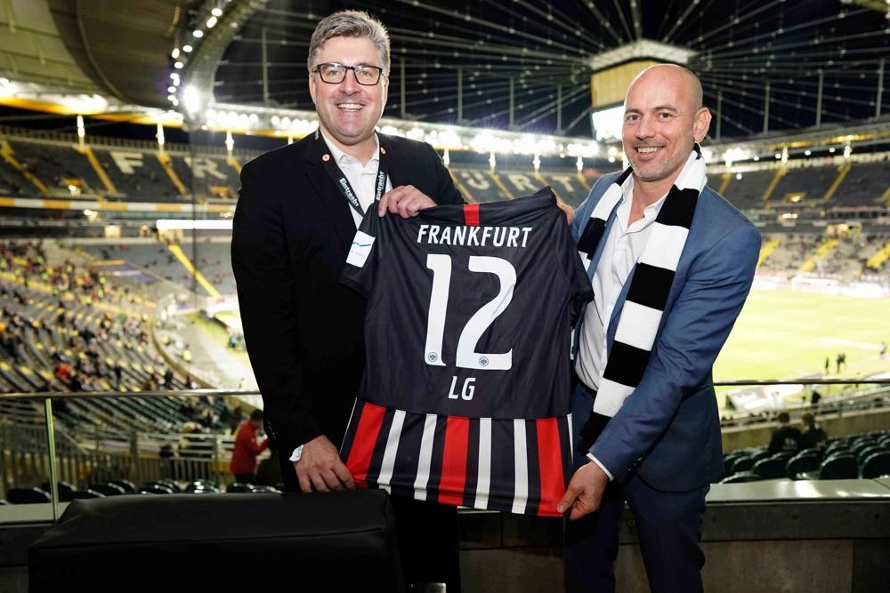 LG erweitert Partnerschaft mit Eintracht Frankfurt
