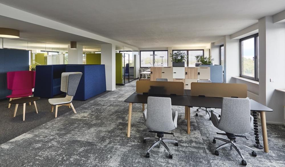 Im neuen Showroom in Düsseldorf können Kunden die Kollektionen von Narbutas live erleben. Abbildung: Narbutas