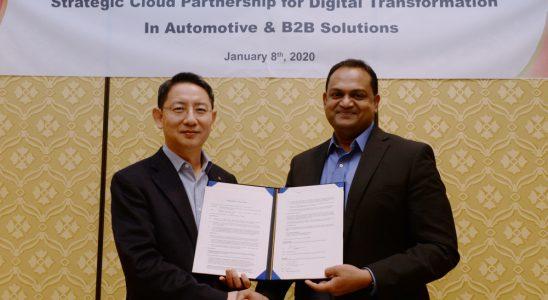 Dr. Lee Sang-yong von LG und Sanjay Ravi von Microsoft haben die Zusammenarbeit der beiden Unternehmen besiegelt. Abbildung: LG