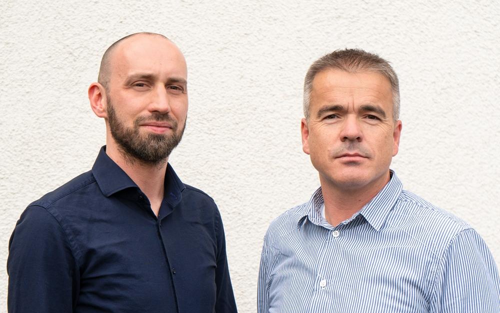 Gerald Wintersinger (l.) und Siegfried Hermann bilden das neue Führungsduo für das Geschäftsfeld der Macom-Managed-AV- & IT-Services. Abbildung: Macom