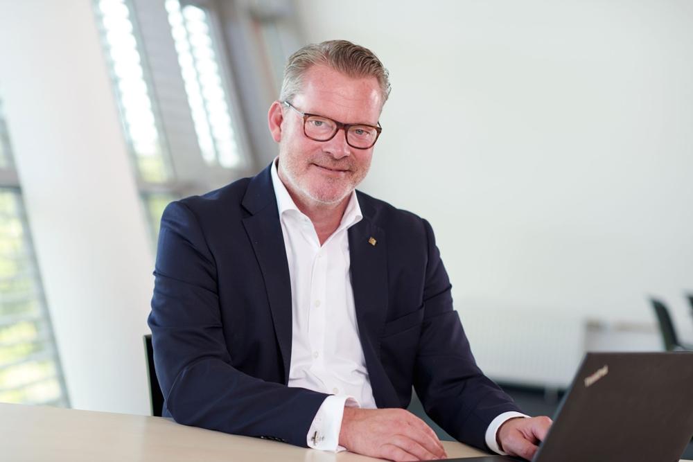 Stephen Schienbein wird zum neuen Geschäftsjahr eine Doppelfunktion in der Kyocera-Gruppe übernehmen. Abbildung: Kyocera
