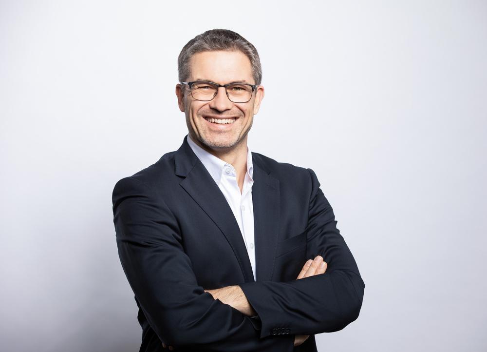 """Sascha Groß, Geschäftsführer Hettich-Holding: """"Ziel war es, auch im Corona-Jahr 2020 den Lieferservice an die Kunden in gewohntem Umfang aufrecht zu erhalten."""" Abbildung: Hettich"""