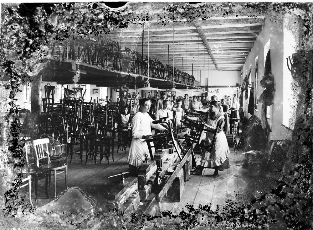 Die Bugholzmöbelfabrik TON feiert 160-jähriges Jubiläum