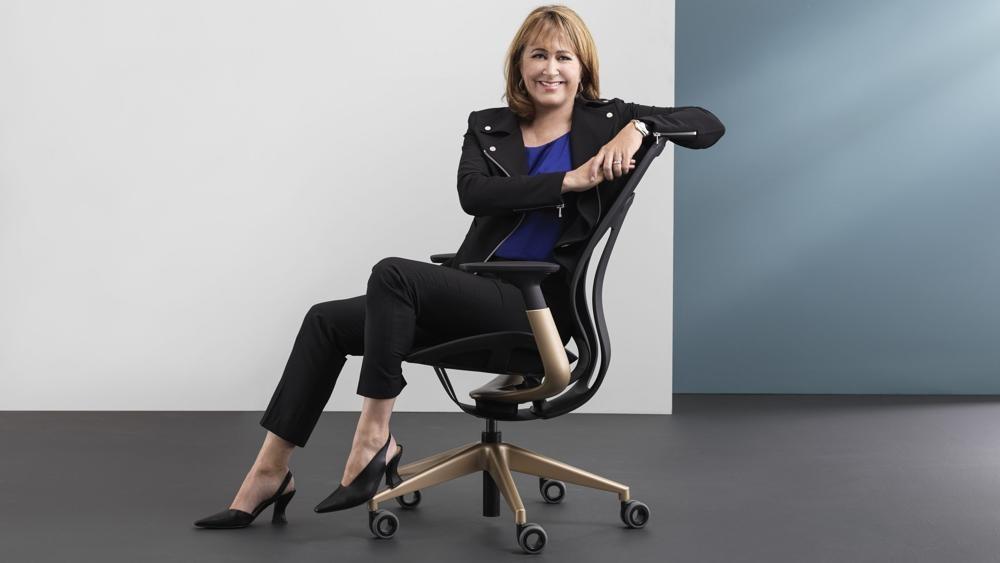 Sara Armbruster, neue Präsidentin und CEO von Büromöbelhersteller Steelcase. Abbildung: Steelcase